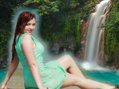 Cut Paste Waterfall Background 1.7 Screenshot
