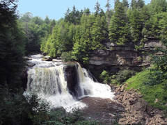 Majestic Waterfalls Screensaver 1.0 Screenshot