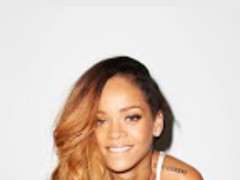 Rihanna Wallpapers HD 1.3 Screenshot